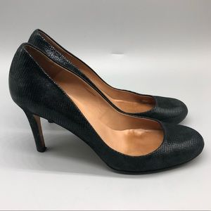 Ann Taylor shiny black round toe pumps